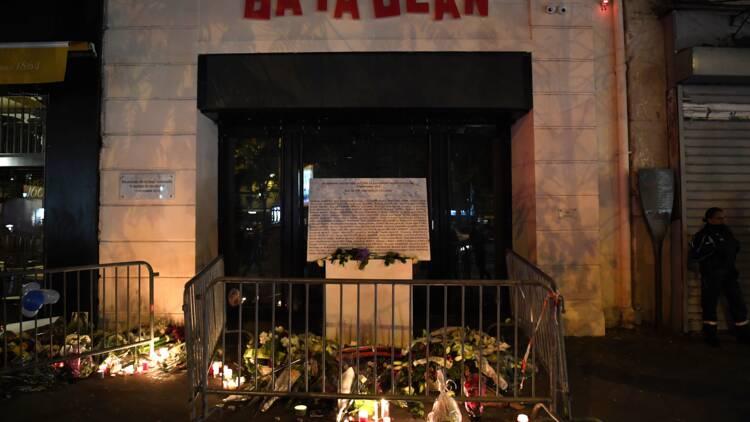 """13-Novembre: des victimes du Bataclan portent plainte pour """"non-assistance à personne en péril"""""""