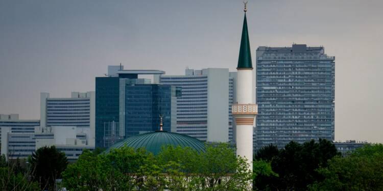 """Autriche: offensive contre l'""""islam politique"""", des imams expulsés et mosquées fermées"""