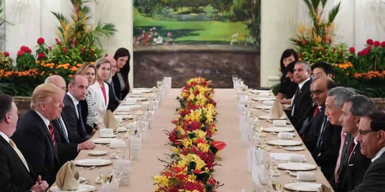 Trump confiant avant de rencontrer Kim, qui s'offre une sortie à Singapour