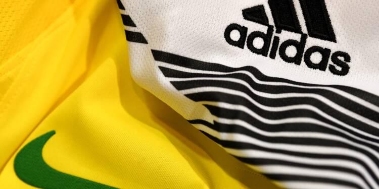 les ouvriers et Nike leur étrillés envers pour Adidas politique PW0ddwZ8pq