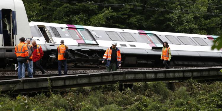 Intempéries: accident d'un RER, 13 départements en alerte orange