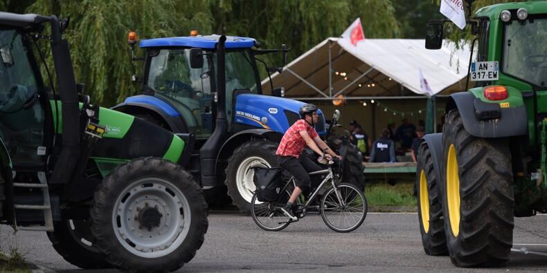 La FNSEA continue les blocages en attendant de rencontrer le ministre de l'Agriculture