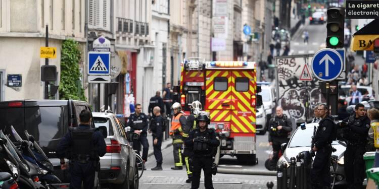 Prise d'otages à Paris: auteur interpellé, otages sains et saufs