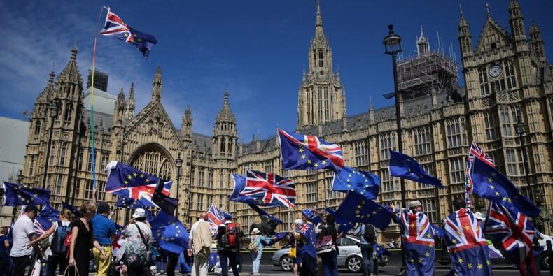 Brexit: le gouvernement britannique confronté à un vote à risque au Parlement