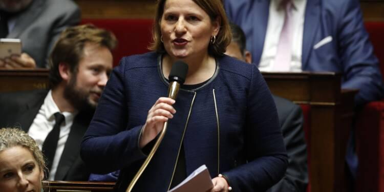 """Macron sur le """"pognon"""": """"un président ne devrait pas dire ça"""", dénonce l'opposition"""