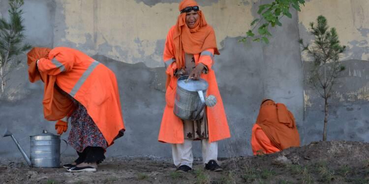 Afghanistan: à Jalalabad, les jardins publics changent la vie des femmes