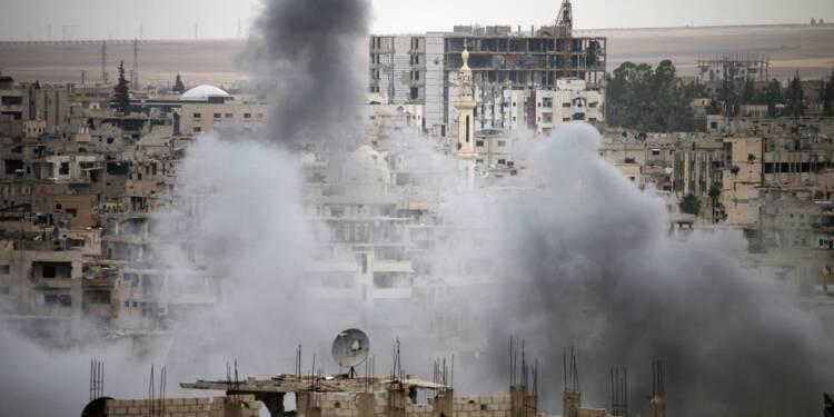 Syrie: des milliers de civils fuient des bombardements du régime dans le sud