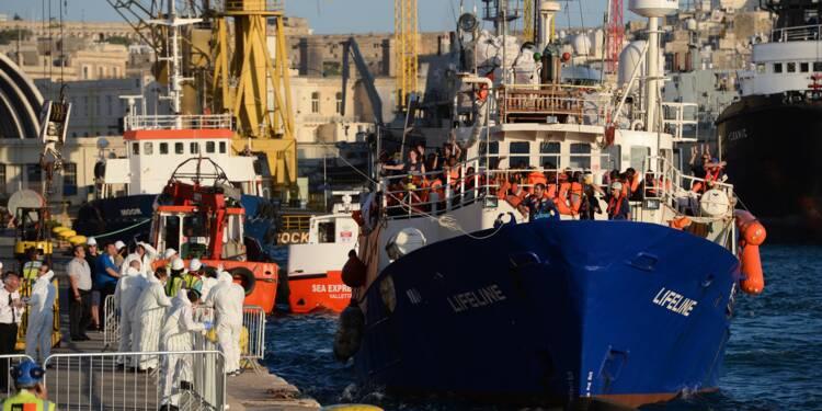 Migrants: fin de l'odyssée du Lifeline à Malte