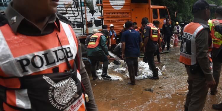 Enfants disparus dans une grotte inondée en Thaïlande: 6e jour de recherche