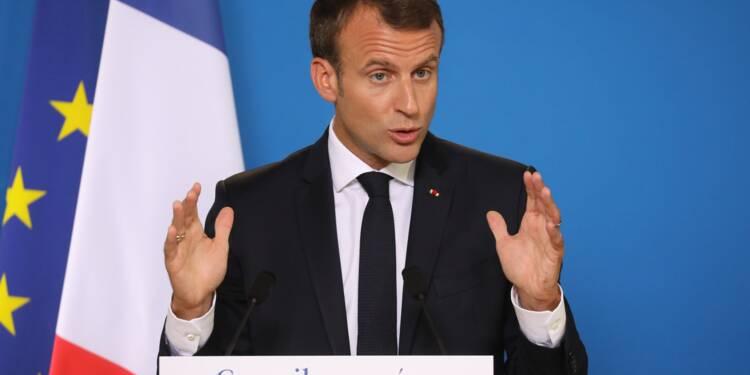 """Macron: """"La France n'ouvrira pas de centres"""" d'accueil pour migrants"""