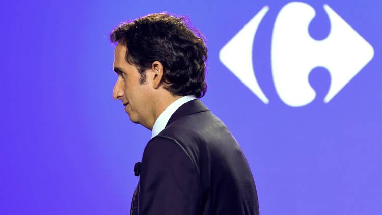 Carrefour : Alexandre Bompard noue un partenariat stratégique avec le géant britannique Tesco!