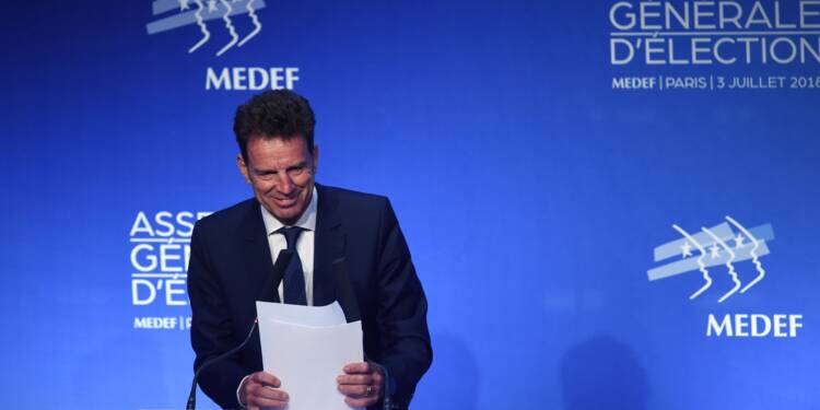Medef : après Gattaz,  Geoffroy Roux de Bézieux prend la tête de l'organisation patronale
