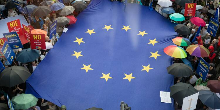 Réformes judiciaires en Pologne: malgré Bruxelles, Varsovie ne cède pas d'un pouce