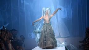 Haute couture: smoking, volutes et liberté chez Jean Paul Gaultier
