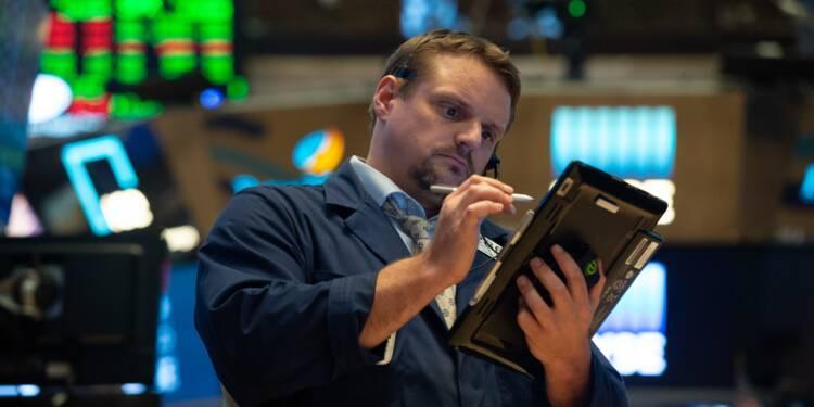 Wall Street termine en hausse, tirée par les banques