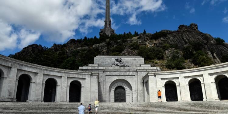 En Espagne, bras de fer autour de la tombe de Franco