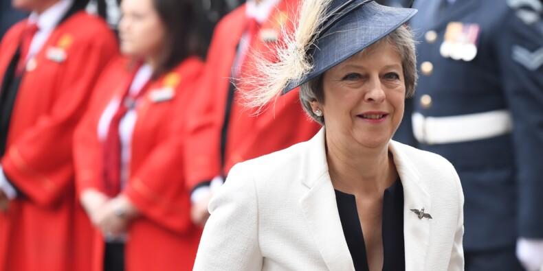 Brexit : Sursis pour Theresa May après deux démissions retentissantes