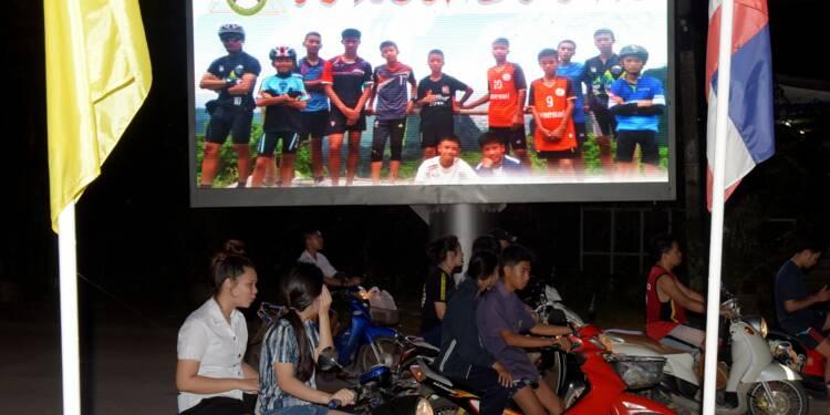 Thaïlande: les 13 rescapés de la grotte sauvés, au terme d'une course contre la pluie