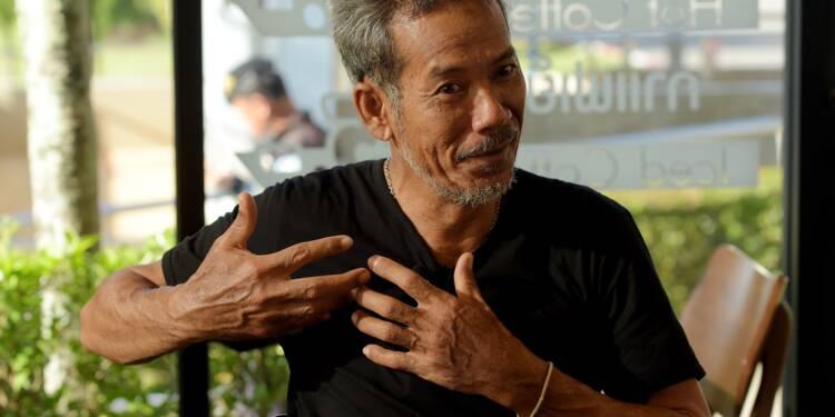 """Thaïlande: certains des enfants ont été sortis """"endormis"""" de la grotte"""