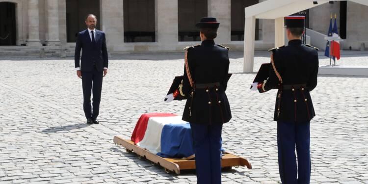 """La France rend hommage à Claude Lanzmann, passeur de mémoire avec """"Shoah"""""""