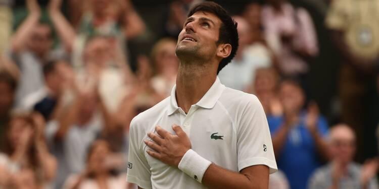 """Wimbledon: le """"Djoker"""" scelle son retour lors d'un match fou contre Nadal"""