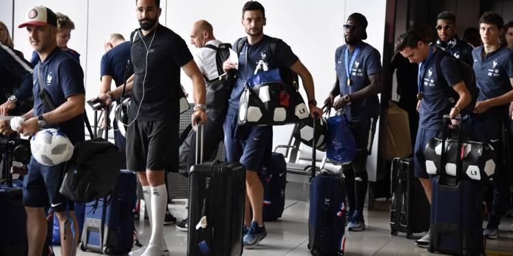 Bleus: l'avion des champions du monde a décollé de Moscou