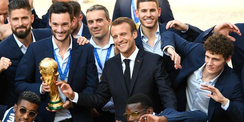 "Macron aux Bleus: ""Ne changez pas!"""