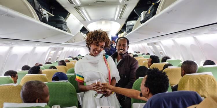 Du champagne pour le premier vol en vingt ans entre Ethiopie et Erythrée