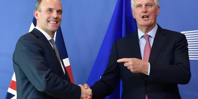"""Brexit: l'UE s'inquiète, le Royaume-Uni prêt à """"intensifier"""" les négociations"""