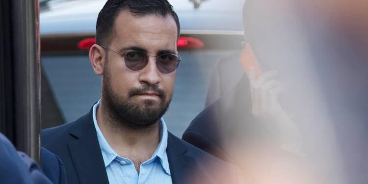"""Benalla a utilisé """"une vingtaine de fois"""" ses passeports diplomatiques depuis son licenciement (Strzoda)"""