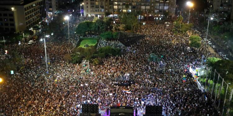 Des milliers d'Israéliens dans la rue contre une loi interdisant la GPA aux couples gays
