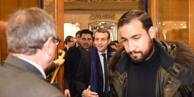 Affaire Benalla en France: 5 suspects présentés en justice