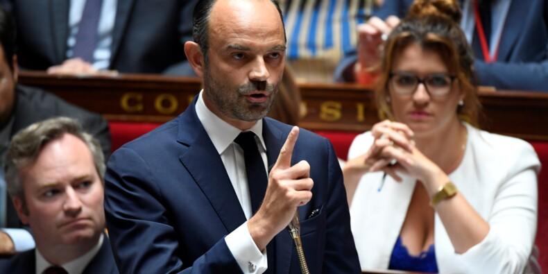 """Affaire Benalla: """"Une dérive individuelle (...) pas une affaire d'Etat"""" selon Philippe"""