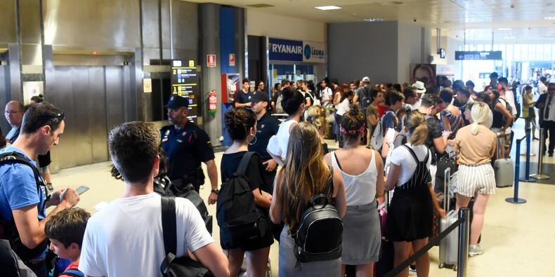 En pleine grève, Ryanair accentue ses menaces sur l'emploi