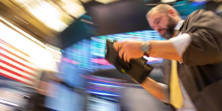 Wall Street, minée par la tech, termine en baisse