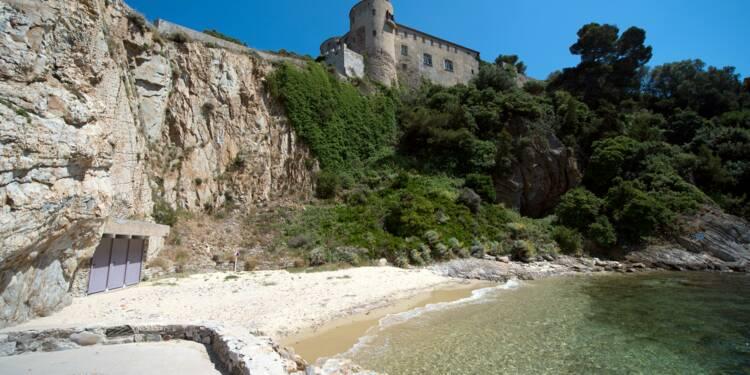 Emmanuel Macron est arrivé au fort de Brégançon