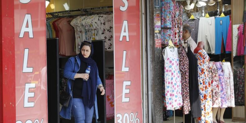 """L'Iran frappé par des sanctions américaines, Rohani crie à la """"guerre psychologique"""""""