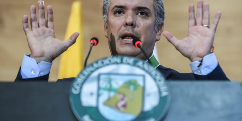 Colombie: investi président, Duque veut durcir la politique envers les guérillas