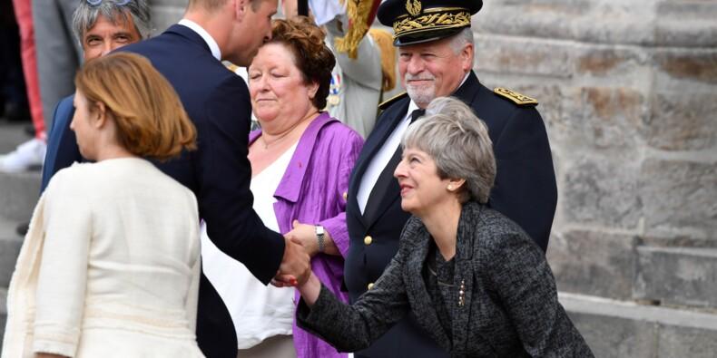Le prince William et Theresa May commémorent le centenaire de la bataille d'Amiens