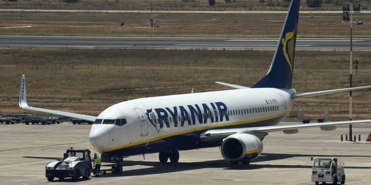 Grèves: Ryanair s'entend avec le syndicat des pilotes irlandais