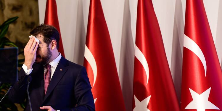 Les marchés financiers mondiaux secoués par la chute de la livre turque