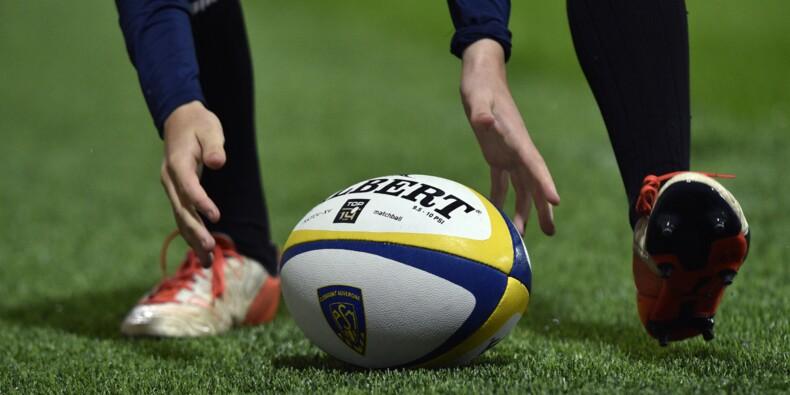 Le rugby français K.-O. debout après le décès d'un jeune joueur d'Aurillac