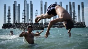 La mer Caspienne, riche en hydrocarbures et en caviar