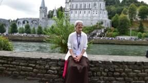 """A Lourdes, le """"message d'espérance"""" de Soeur Bernadette Moriau, la """"miraculée"""""""