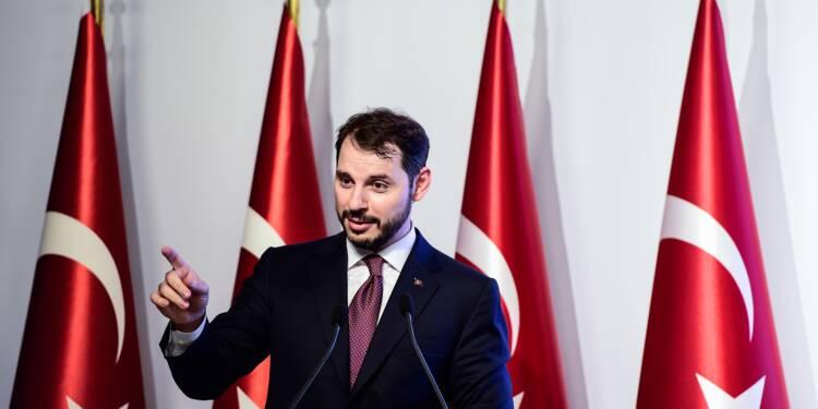 """Crise turque: Berat Albayrak, le """"pacha des Finances"""" d'Erdogan"""
