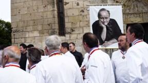 Les toques du monde s'inclinent devant Joël Robuchon à Poitiers