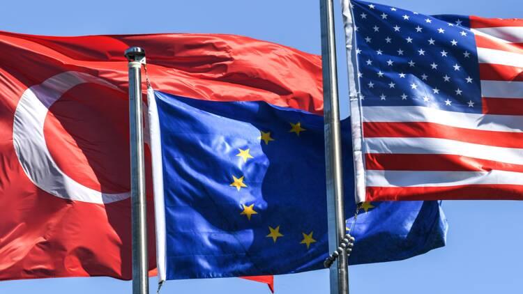 Turquie : lourde rechute pour la livre, les hostilités reprennent avec les Etats-Unis!