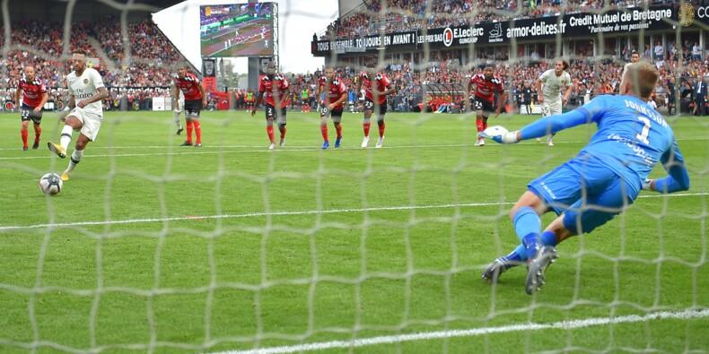 Le Paris SG gagne à Guingamp 3-1, grâce à un doublé de Mbappé et un but de Neymar