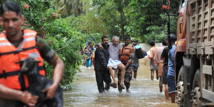 Inondations: des milliers d'Indiens piégés, le bilan s'alourdit