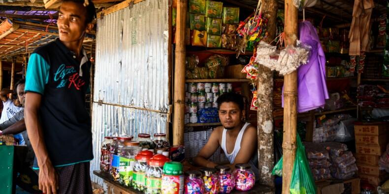 Dans les camps royingyas du Bangladesh, l'afflux massif de réfugiés booste l'économie locale